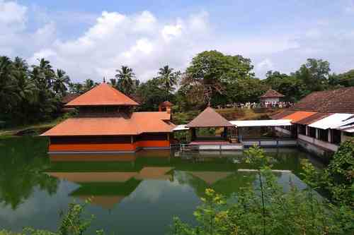 Ananthapadmanabhaswamy Temple or Anantha Lake Temple